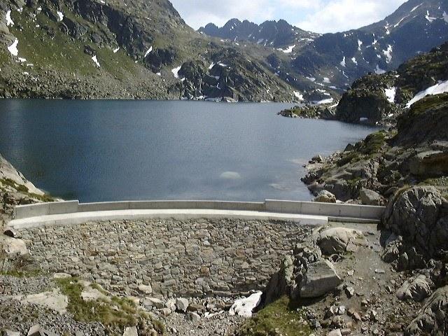 Lac de Juclar : le plus grand lac d'Andorre