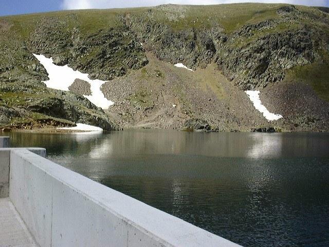 Qu'est-ce et à quoi sert un barrage hydraulique ?